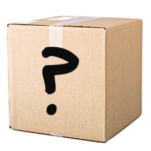 MYSTERY BOX 5 WOMENS TOPS SZ MEDIUM DESIGNER BOX